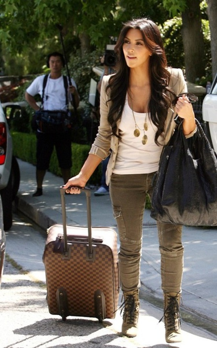 Kim with her Damier Roller.