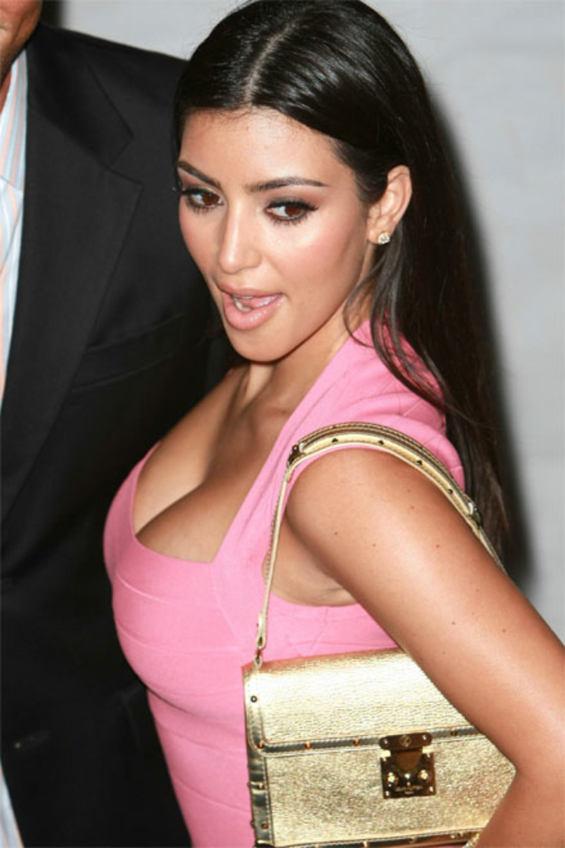Kim with the Suhali L'aimable Louis Vuitton.