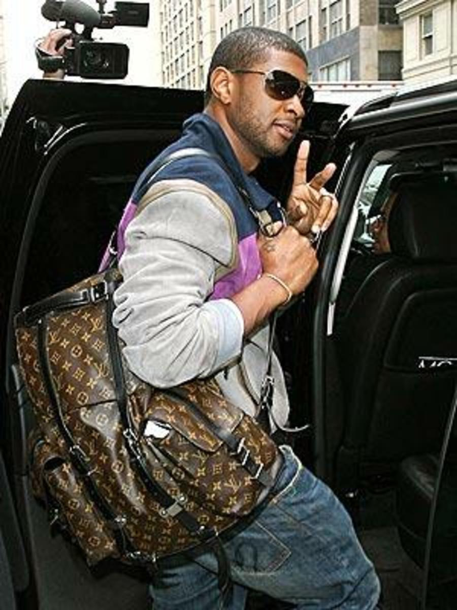 Usher with carryall.
