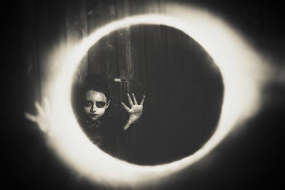 windowless-souls-true-tales-of-hollow-eyed-children