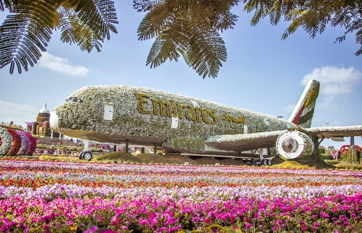 Emirates A-380 floral installation