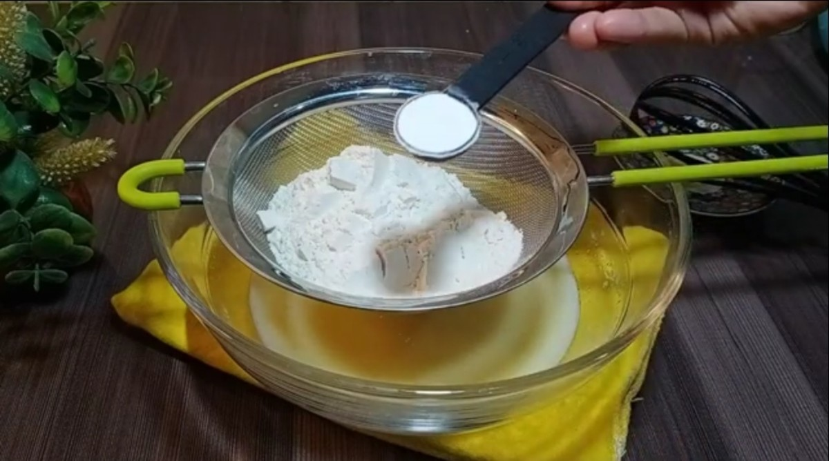 unique-style-one-egg-cake-homemade-simple-recipe