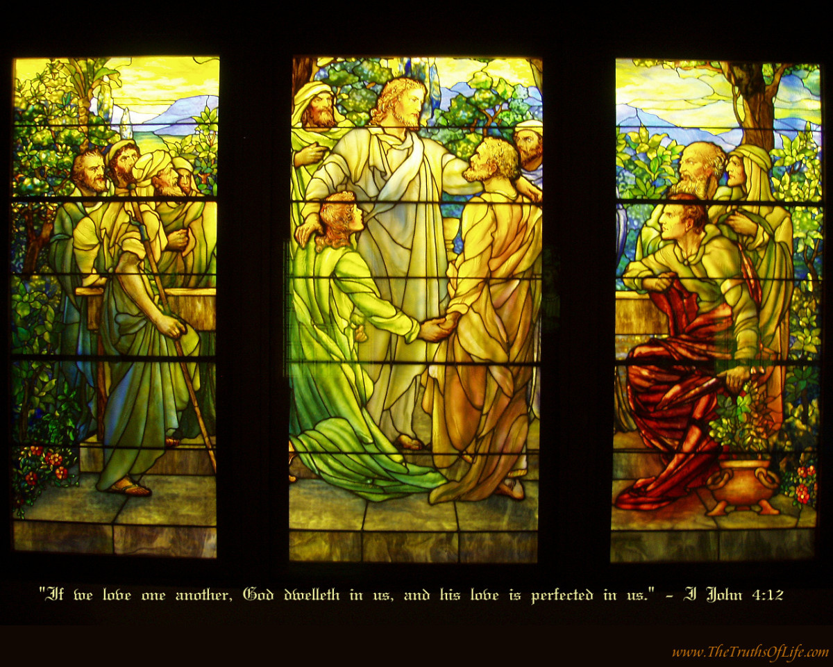 JESUS WITH HIS APOSTLES (STAINED GLASS)