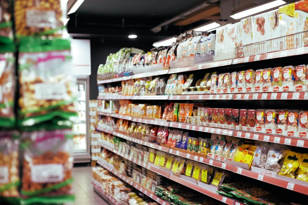 An Interview With a Supermarket Worker