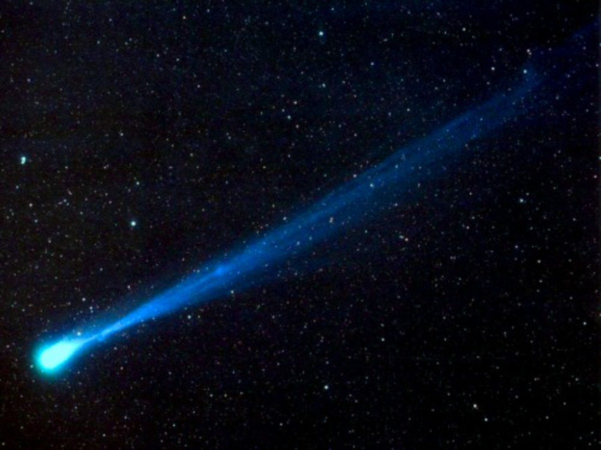 the-halleys-comet-and-the-descent