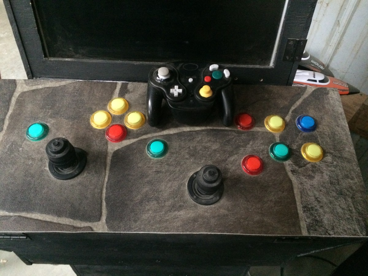 gamecube-arcade-with-controls-mapped-to-arcade-buttons
