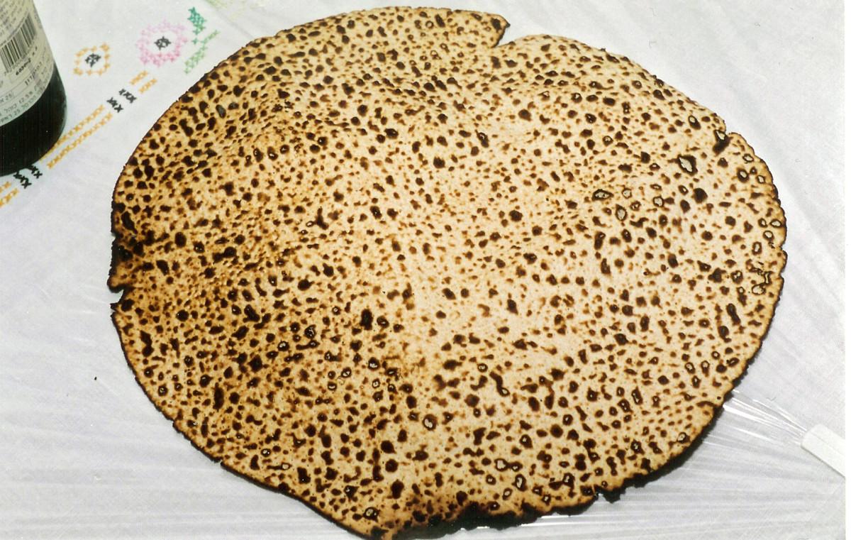 Hand made Shmura Matzah