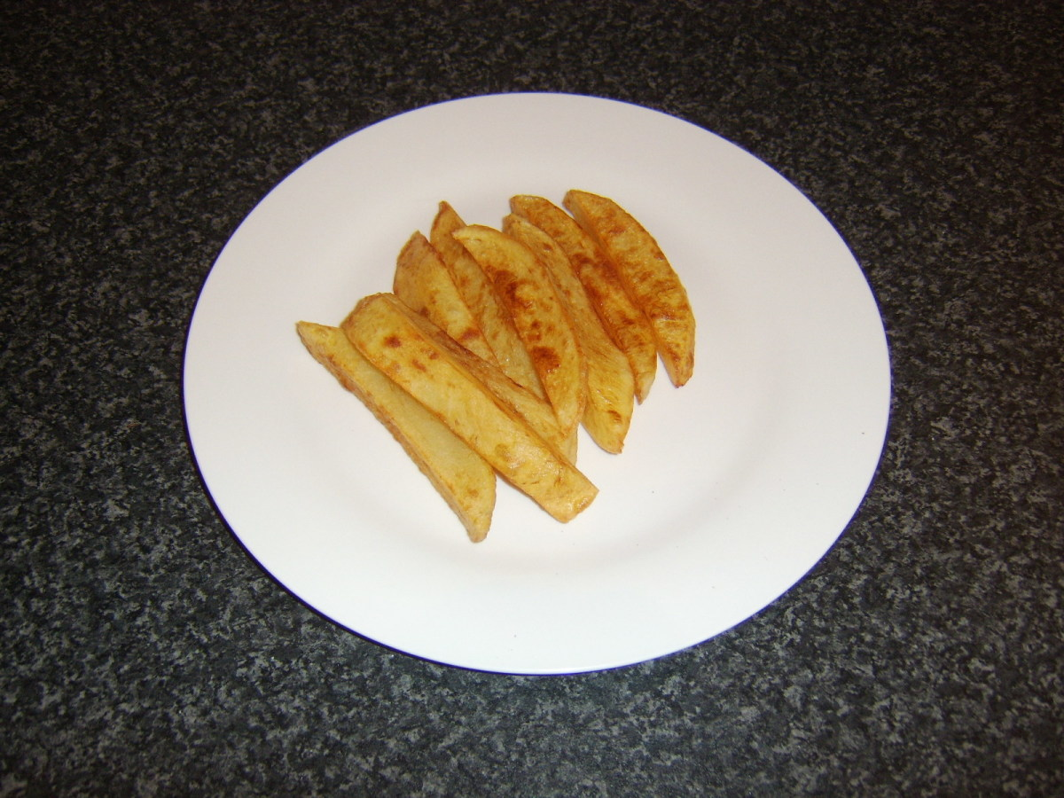 Perfect chips ready for sea salt, malt vinegar and service