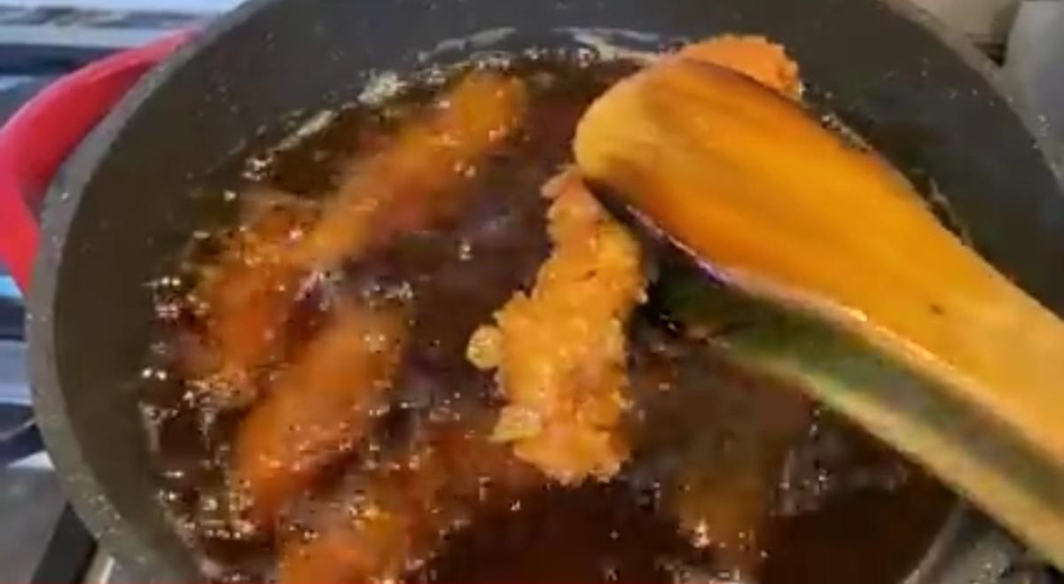 crispy-tender-zinger-strips-homemade-recipe