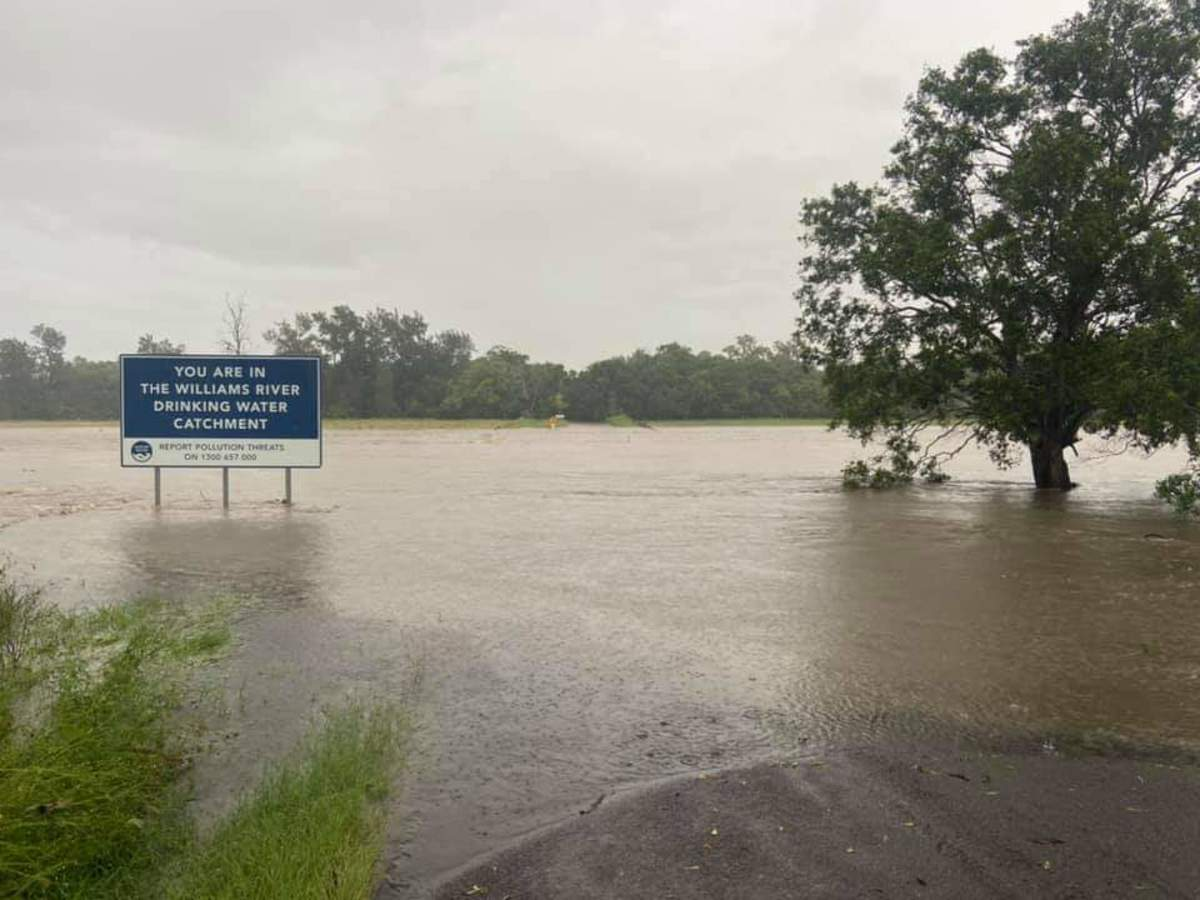 pictures-of-newcastle-and-the-hunter-march-flood