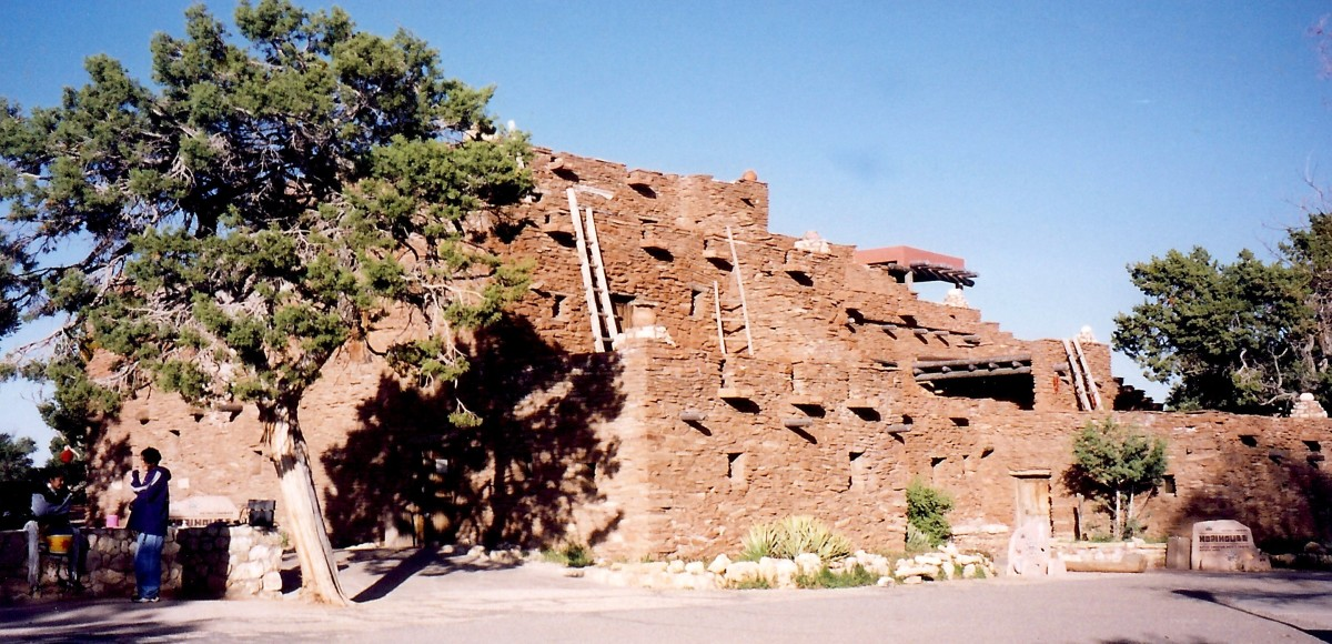 Hopi House / Grand Canyon