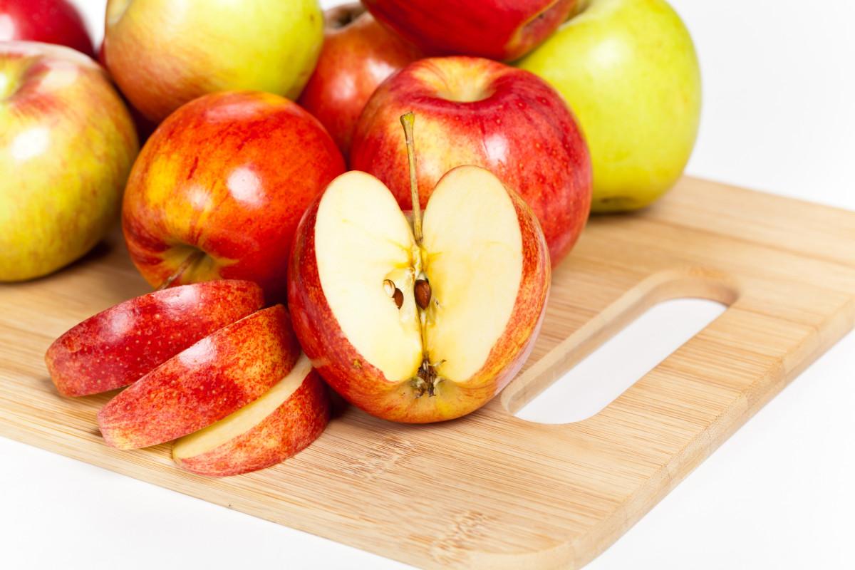 Honeycrisp Apples - A favorite fall fruit
