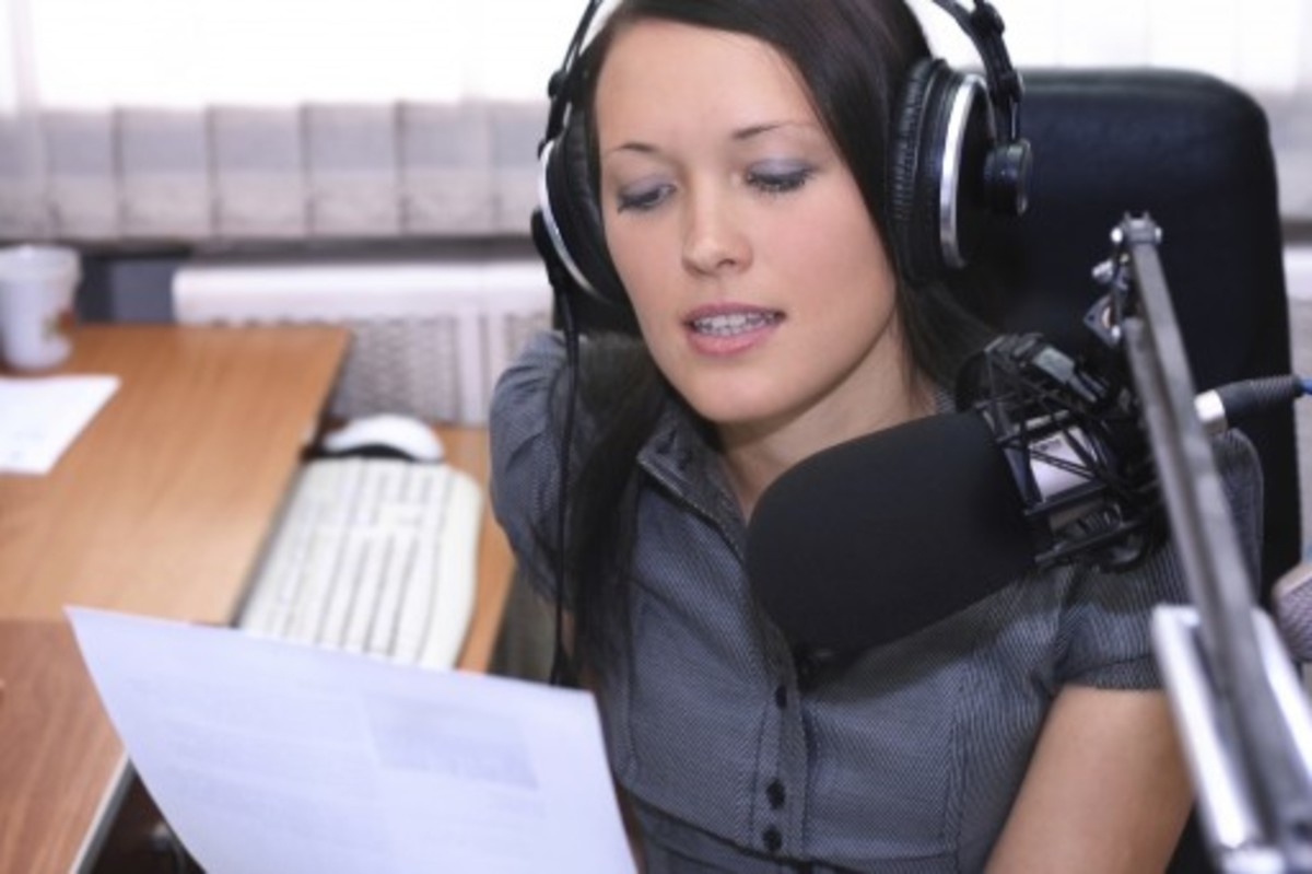 Becoming A Voice Actor (A Detailed How To)