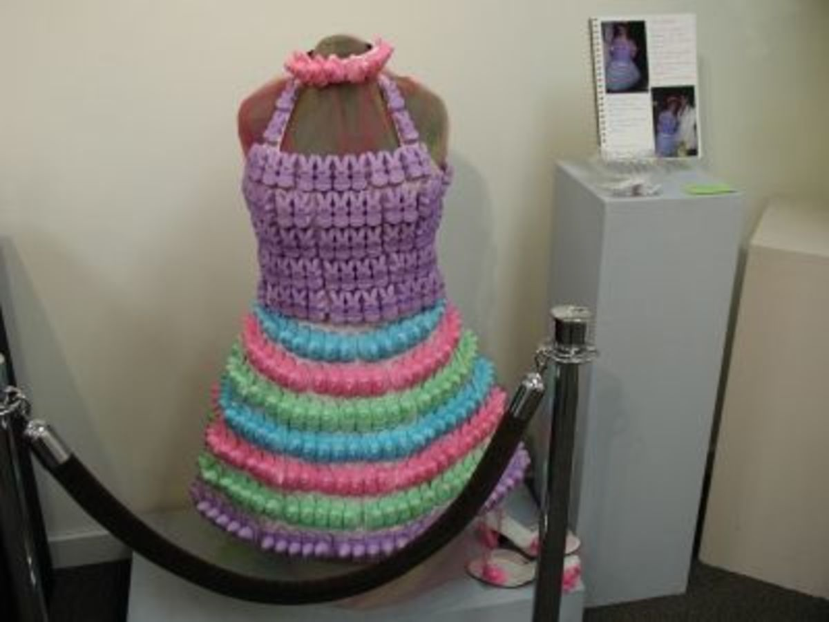 """Peeps Prom Dress"" by Gracie Beal"