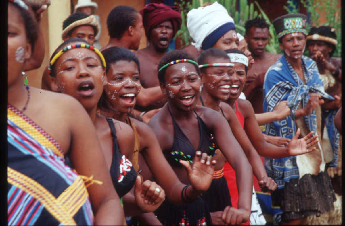 Traditional Xhosa dancing lasses performing on the day of the Congress