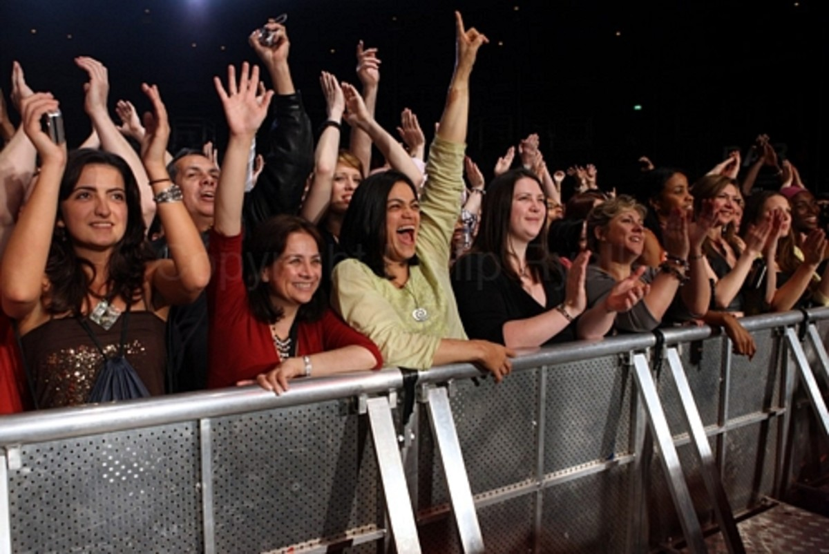 Fans in the Miami Arena for the Van Van Live concert captured and enthralled