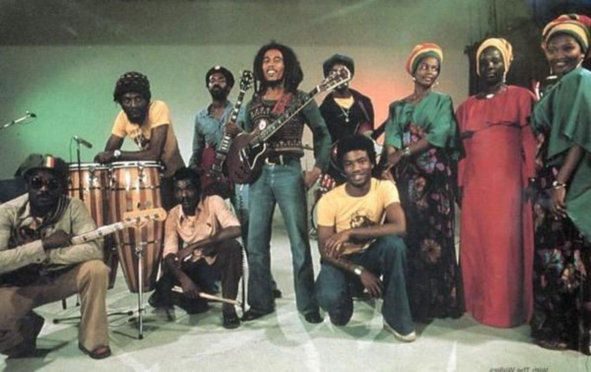 Bob Marley and the Wailers with their back-up singers, the I-Threes