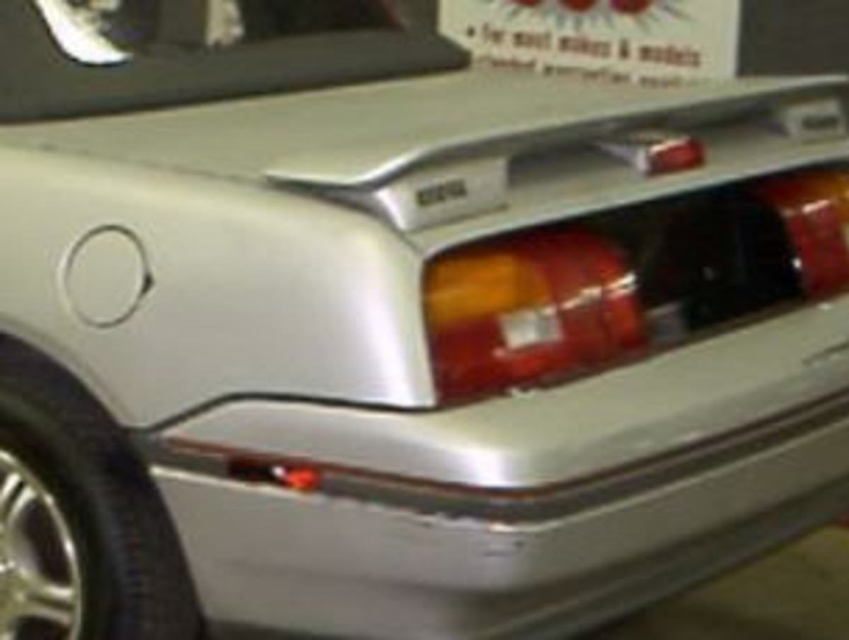 91-93 model rear with spoiler and taillights