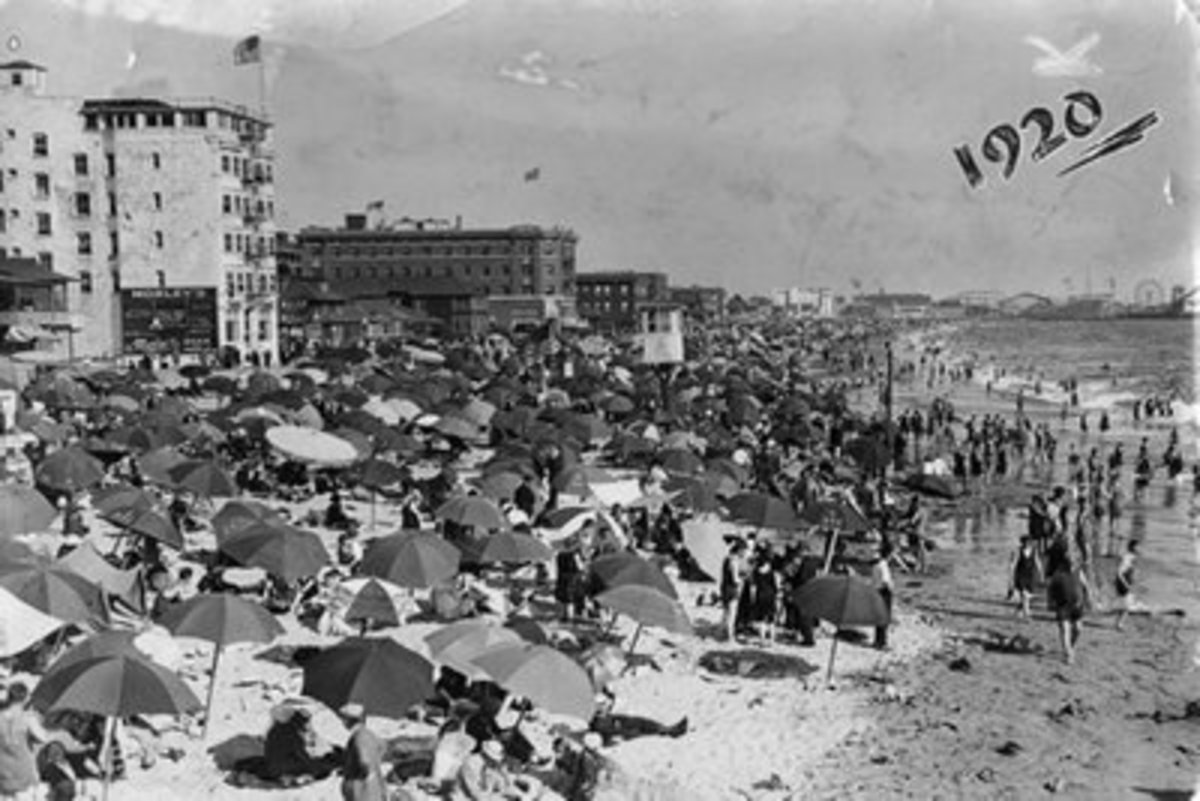 VENICE BEACH 1920