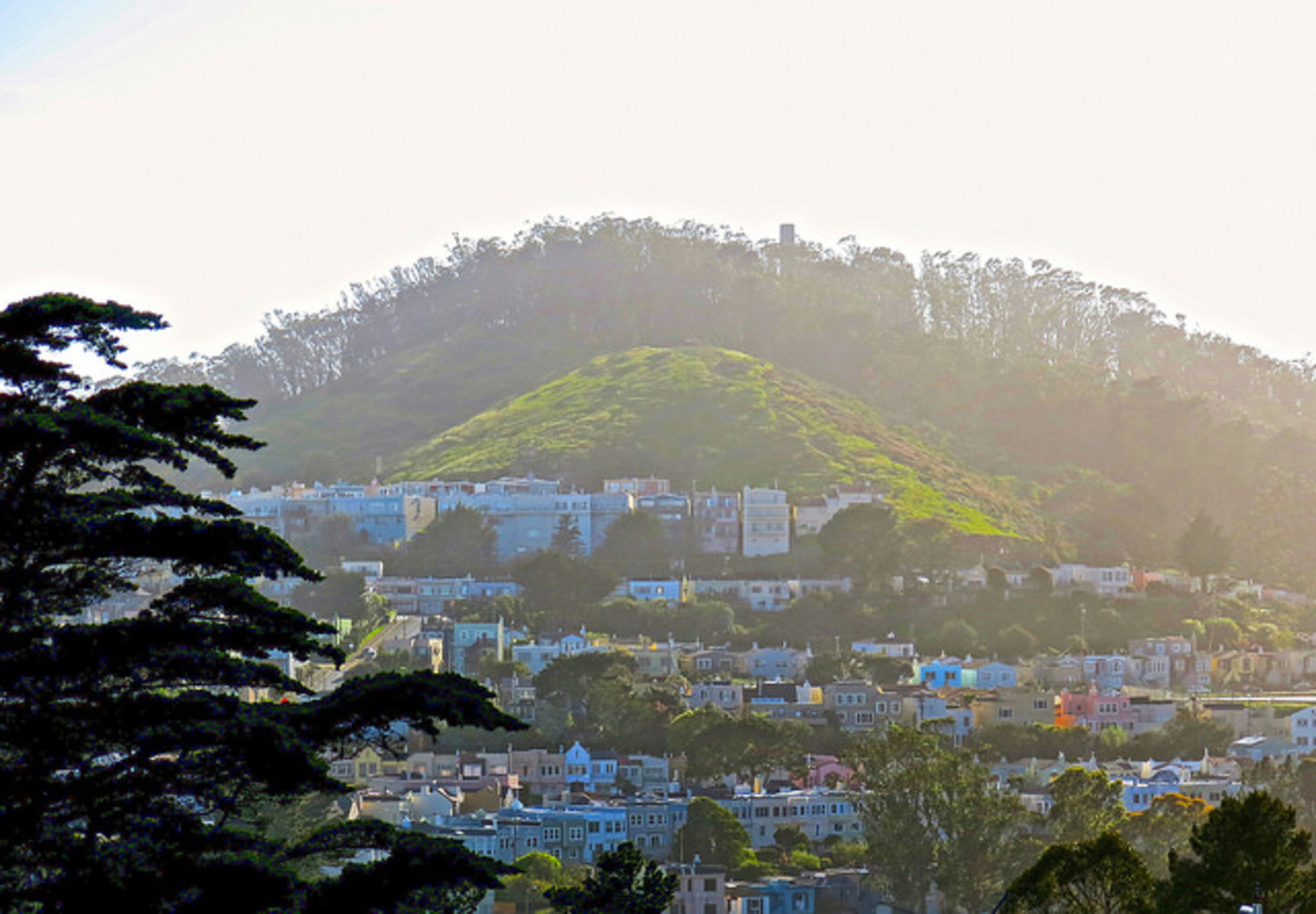 Mount Davidson, in foggy mist