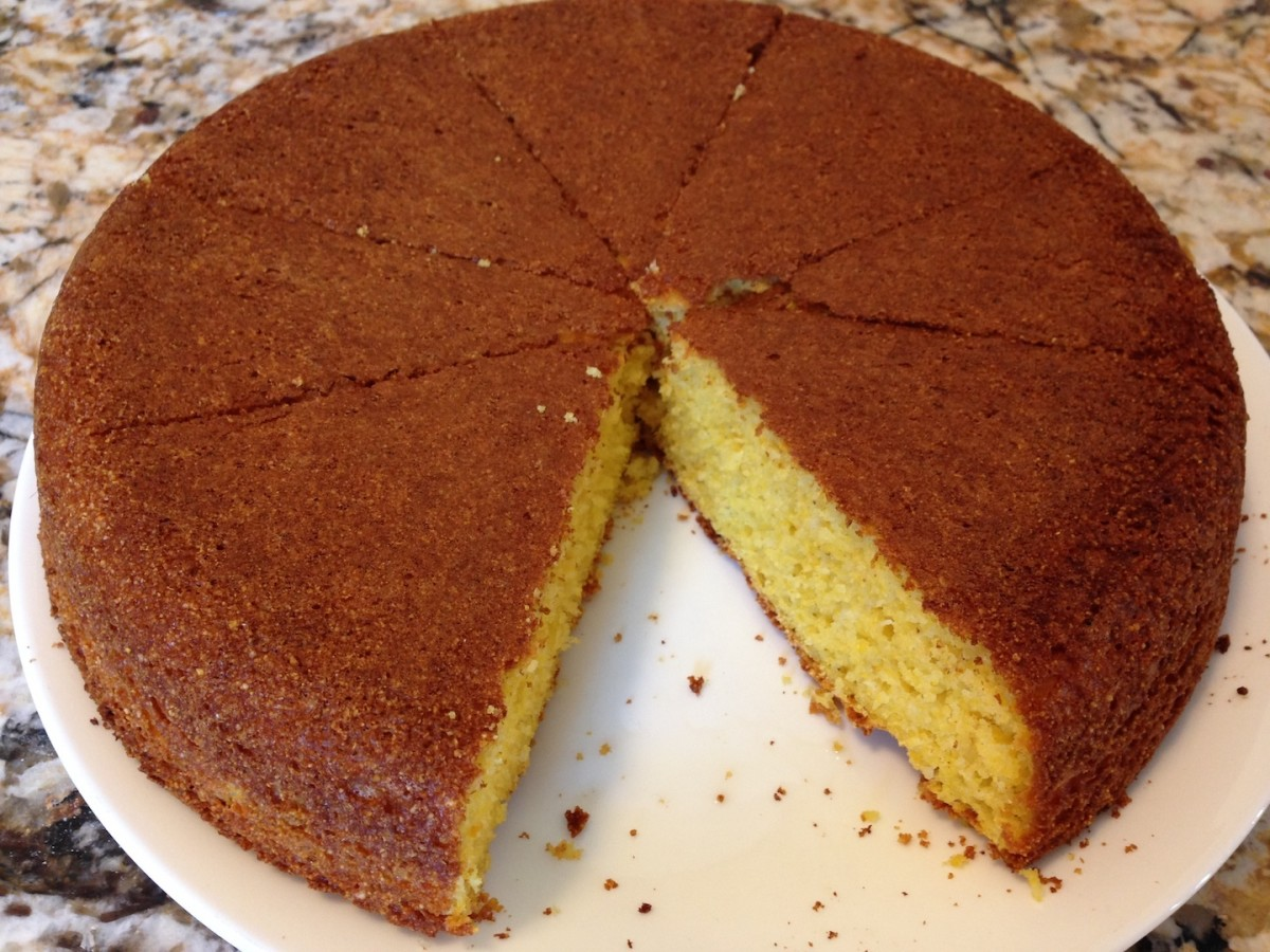 Old-Fashioned Corn Bread with yellow corn meal - white corn meal also tastes yummy