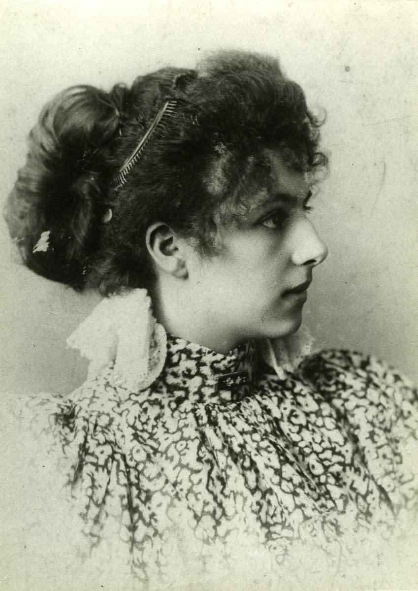 Young Mata Hari