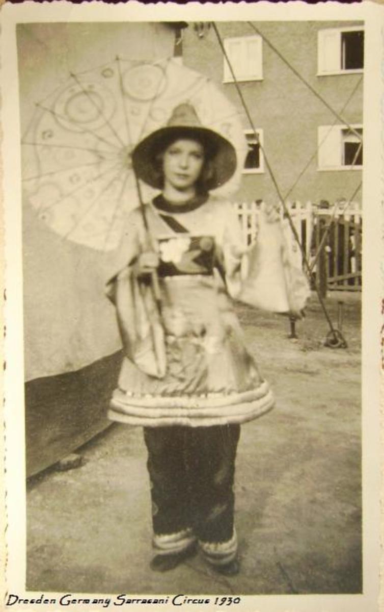 Sarrasani circus, a young girl dreaming of show-business