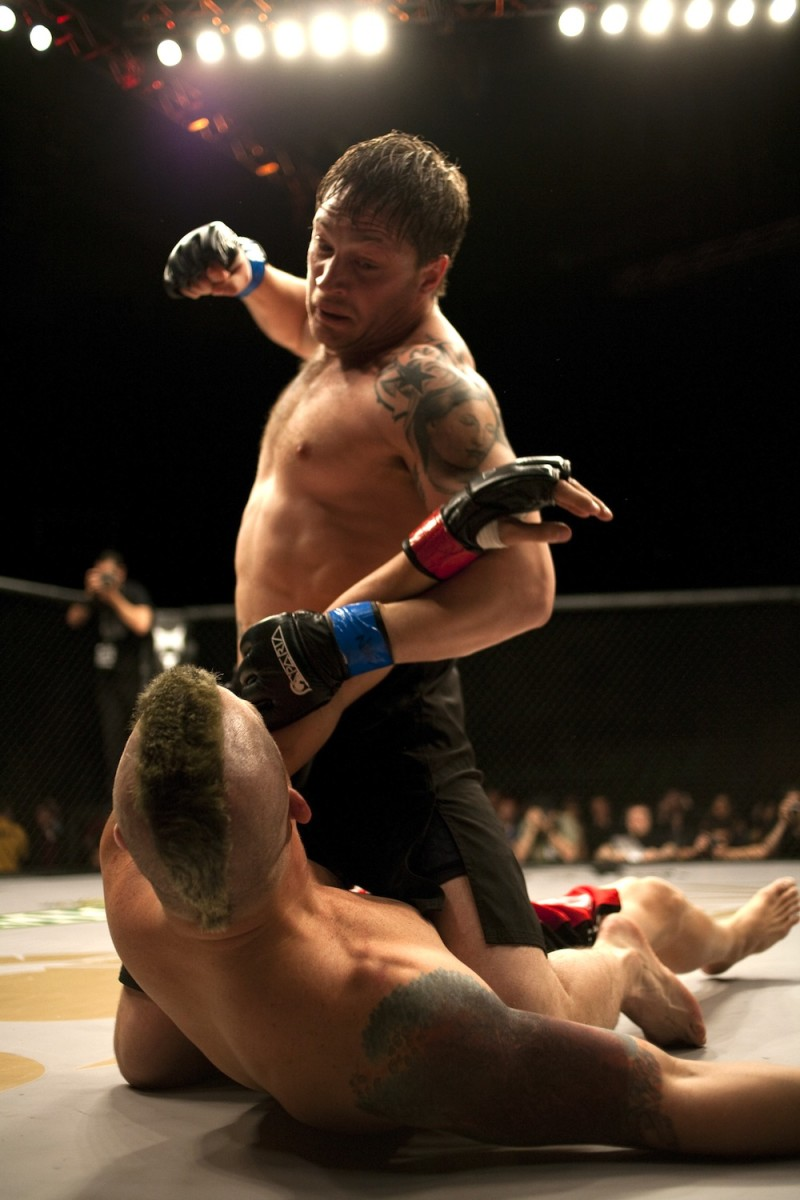 Warrior Movie 2011: Tommy (Tom Hardy) pummels Mad Dog (Erik Apple)