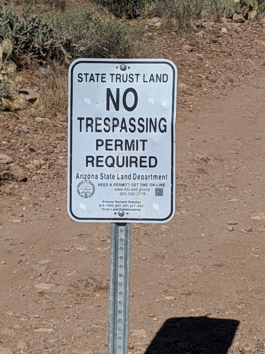Sign at Trail Head warning that a permit is required