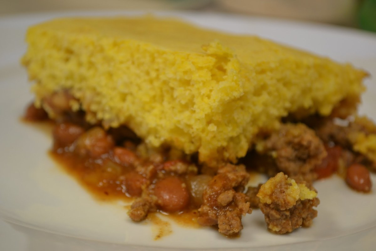 Here is a delightfully delicious Cornbread Hamburger Casserole. Its one of the best ever.
