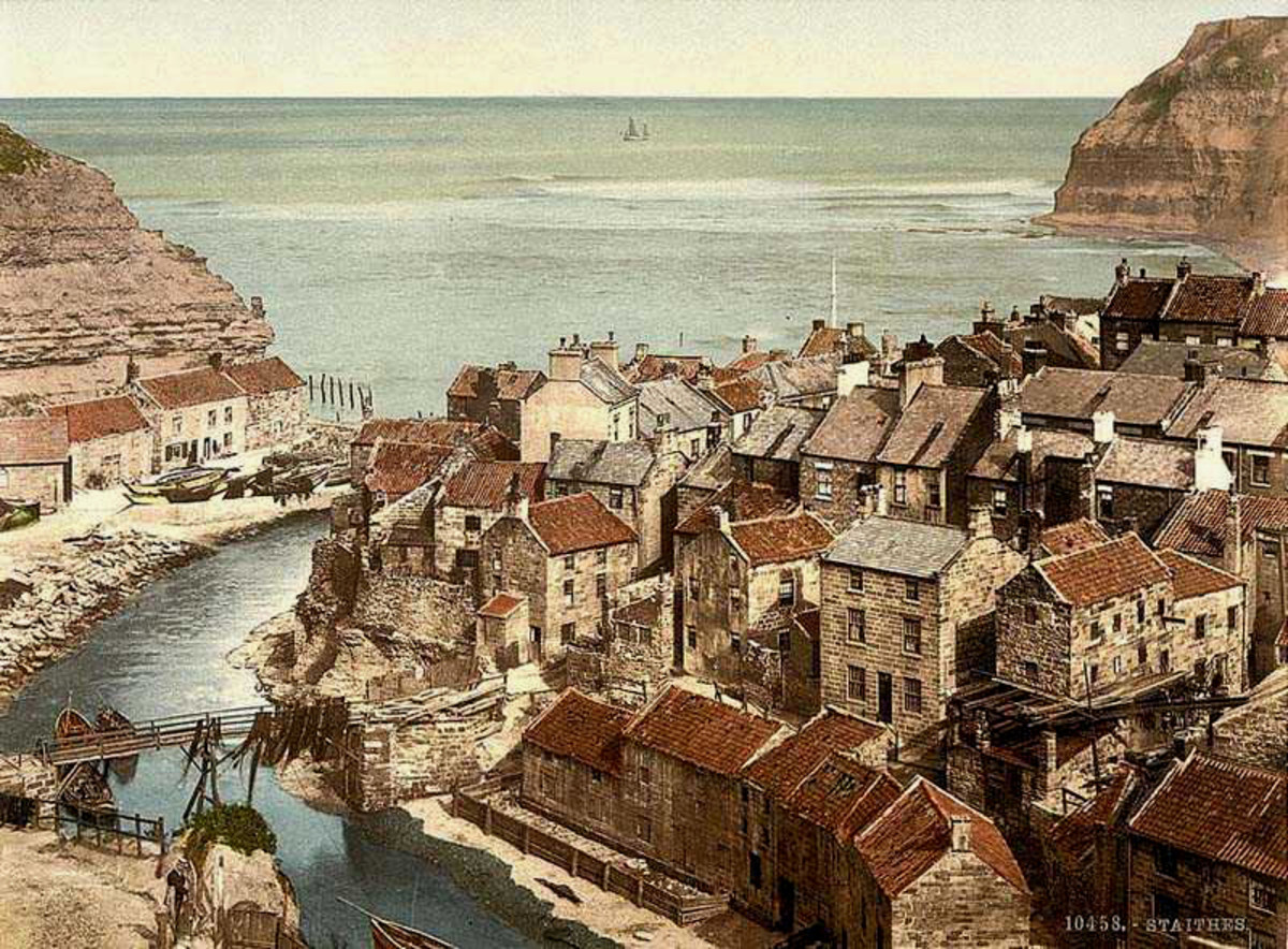 A painting of Staithes that predates the modern breakwaters - the village Cook would have known nestled at the bottom of a steep hill. Sanderson's shop and slice of the hill behind was sheared off some years later Cook's death by a freak storm