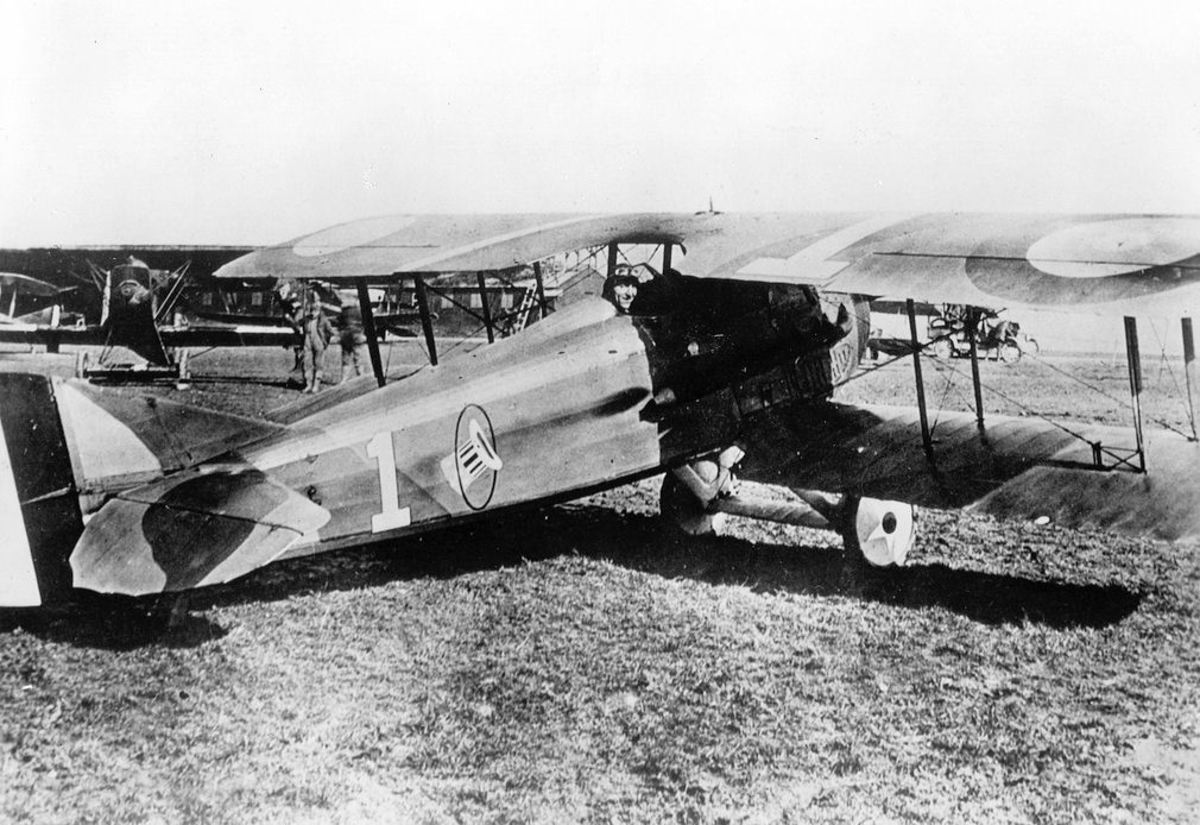 Rickenbacker in his 94th Aero Squadron – SPAD XIII