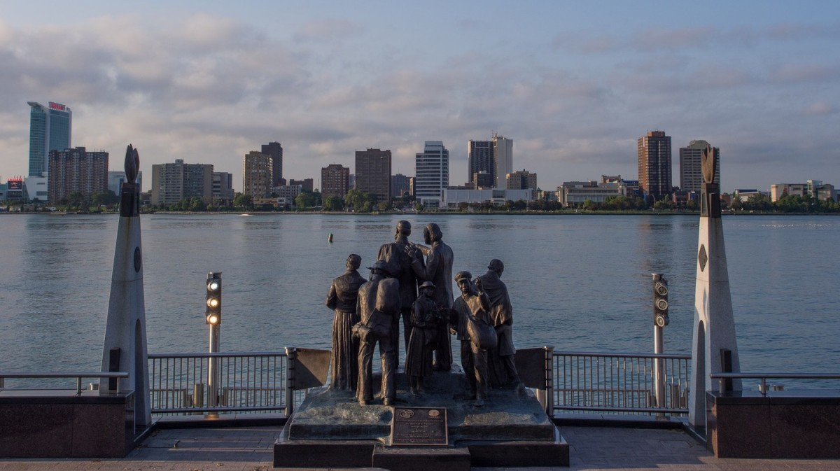 "The ""Gateway to Freedom"" statue on the Detroit River points to way to freedom in Canada for those escaping slavery."