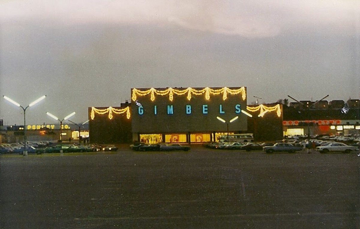 The Decline of Shopping Malls as We Know Them
