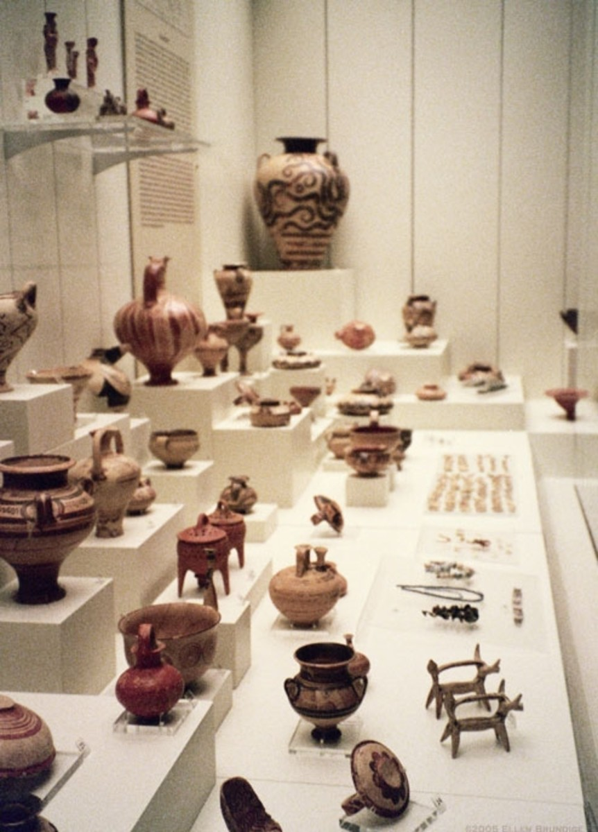 More pottery and figurines. The little ox-farmer figures represent ploughing. I wonder if they were toys.