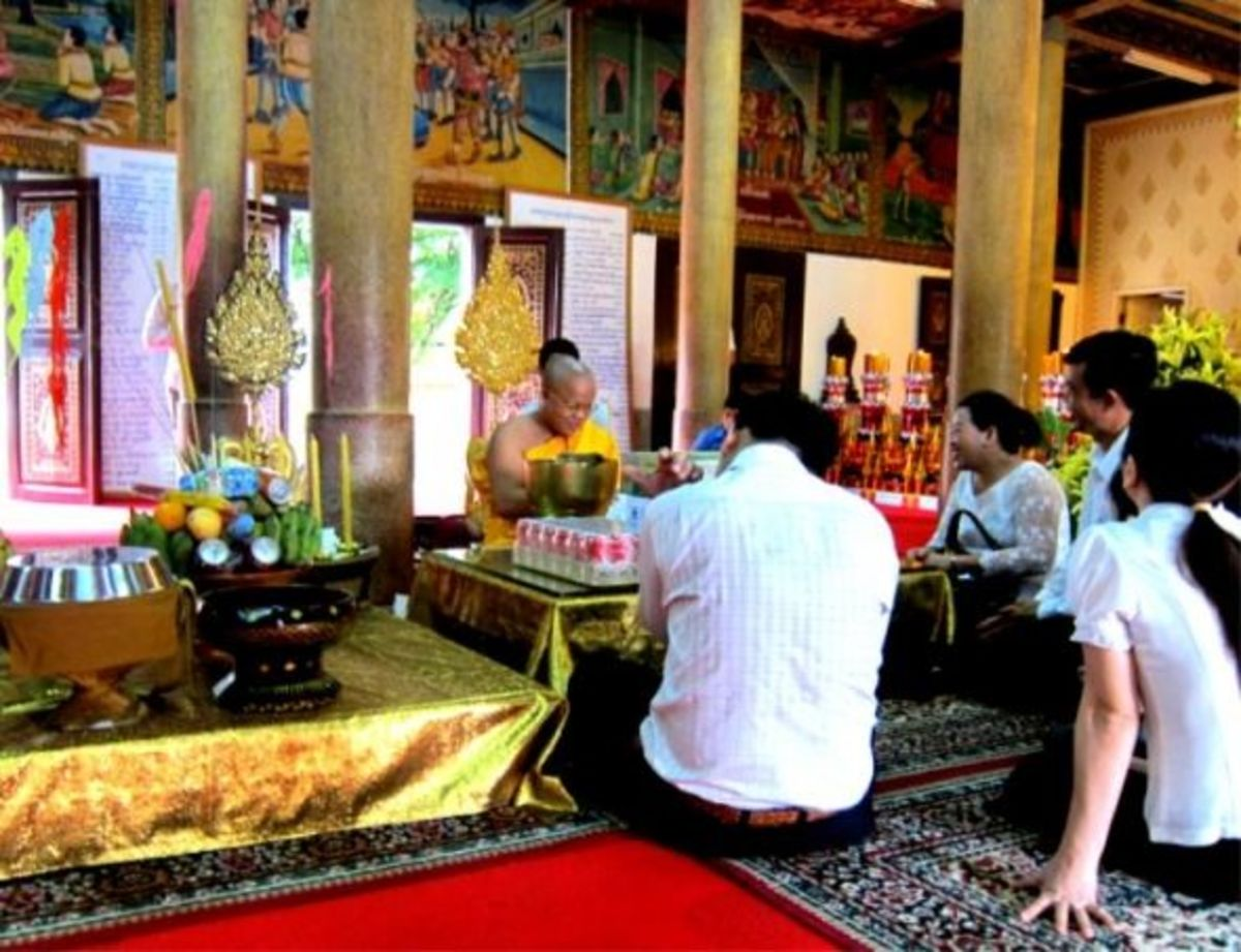 Families Asking for Blessing on Pchum Ben