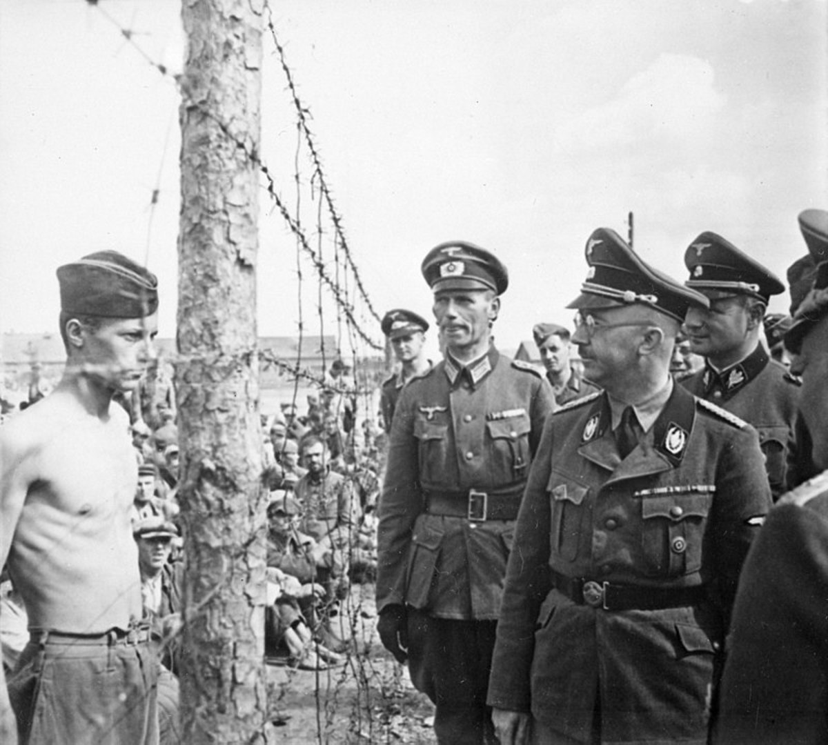 Himmler inspects a prison camp.