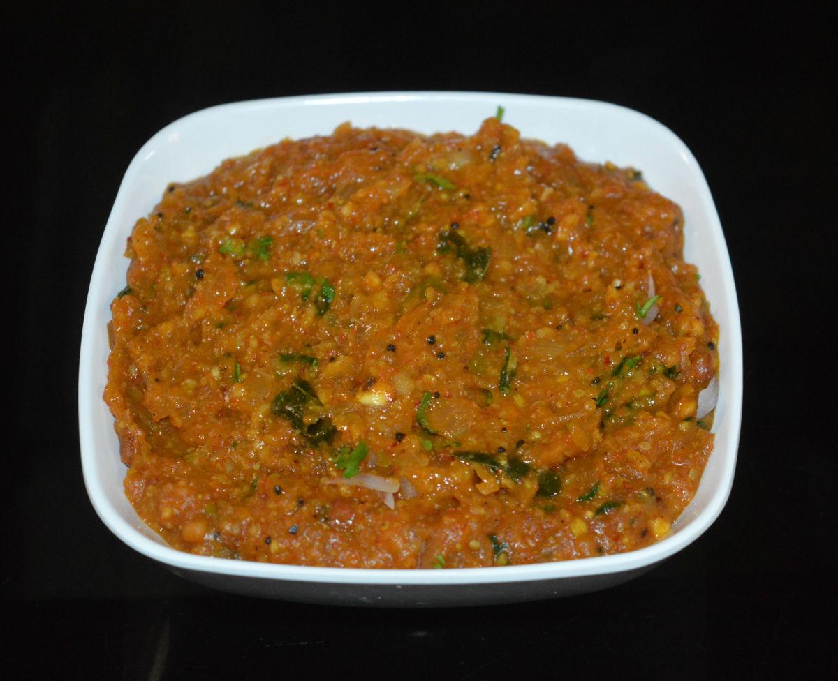 Onion gojju (curry)