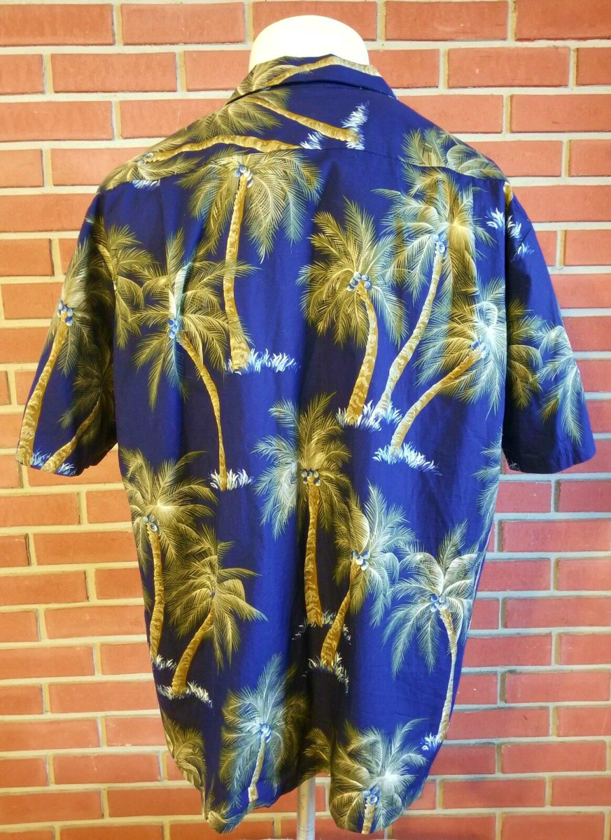 Back Side Profile of the RJC 100% Cotton Hawaiian Short Sleeve Button Front Shirt Made in USA Men's 2XL