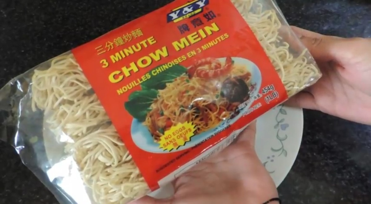how-to-make-chicken-chow-mein-noodles-at-home
