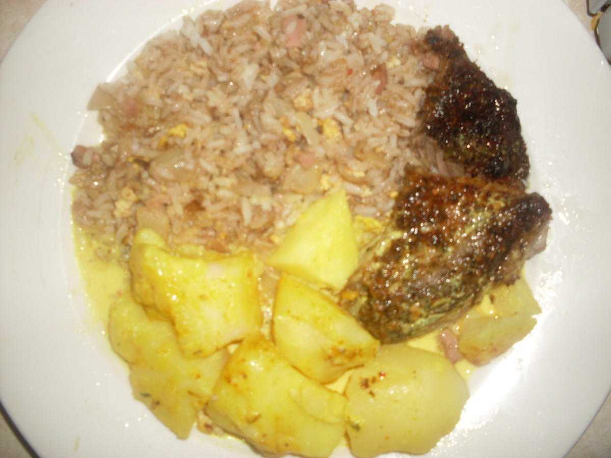 Food photo: Roast lamb with curried potatoes and fried rice
