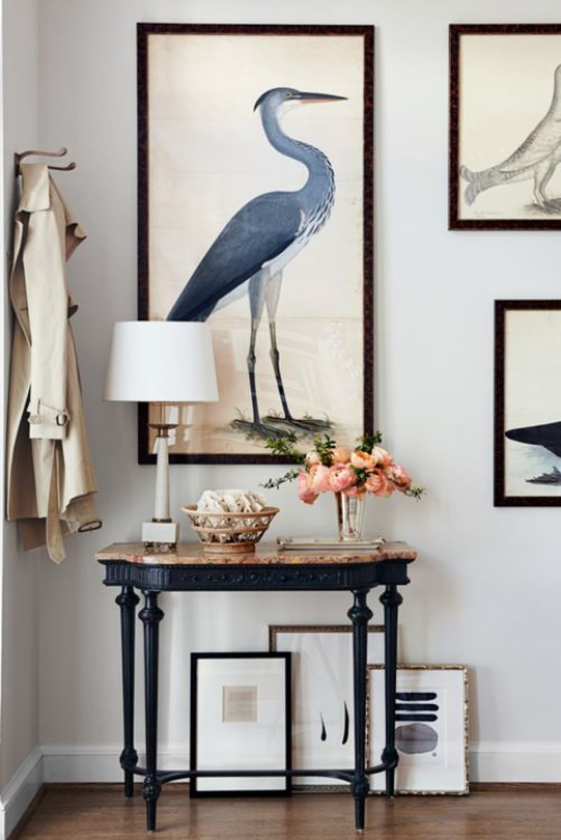 An exquisite foyer greets visitors and introduces the home's personality. Find entryway solutions that can leave a lasting impact.