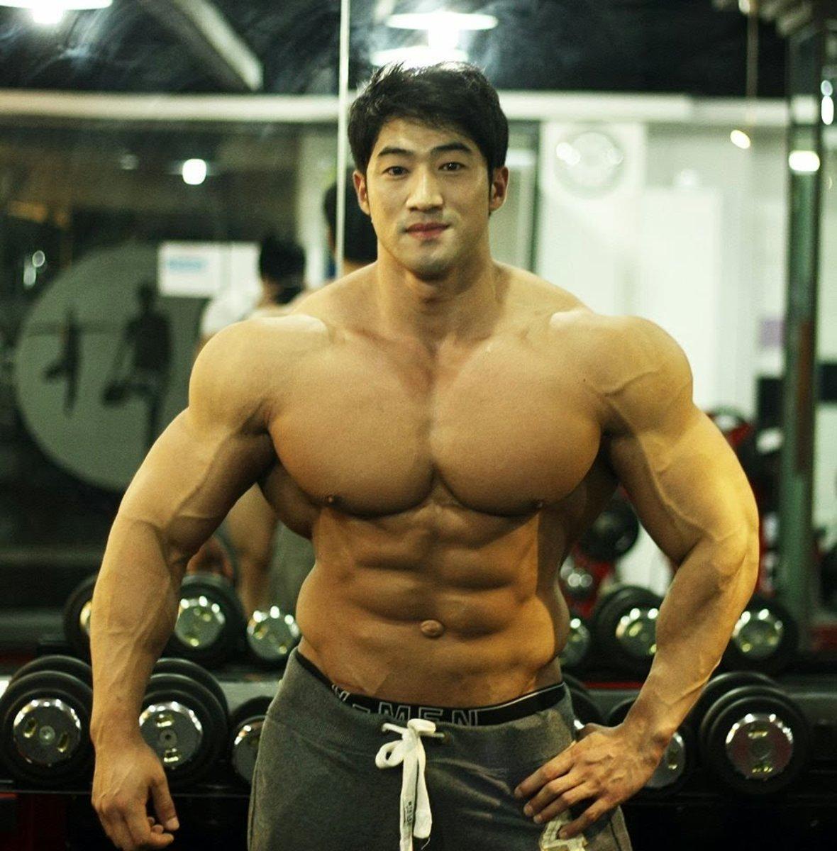 Hwang Chul Soon - Korean Bodybuilder and Fitness Model