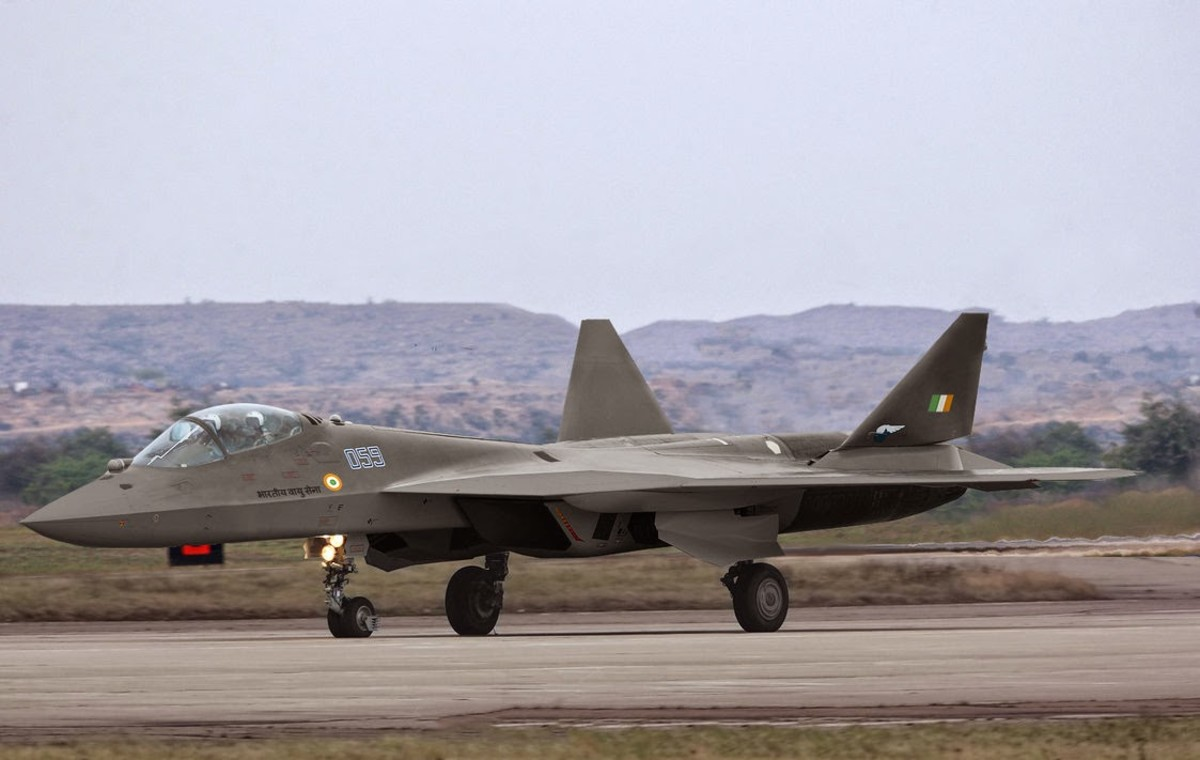 the-sukhoi-t-50-5th-generation-fighter-is-a-real-threat-to-the-west