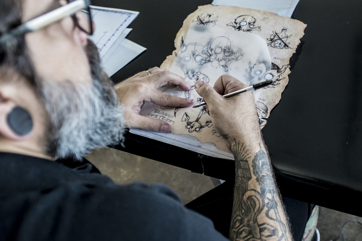 Tattoo Apprenticeships: How to Get One and Why You Need It