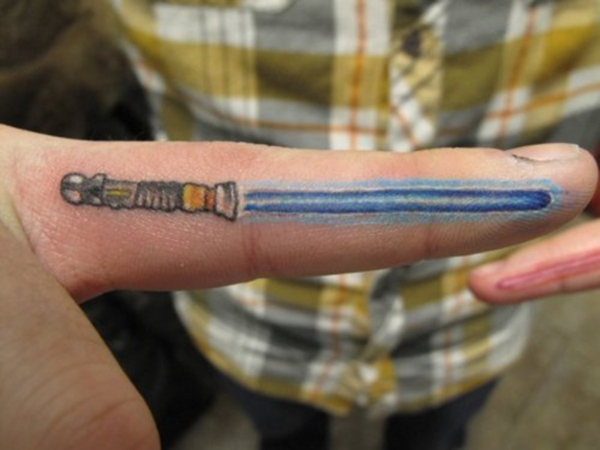 Light saber finger tattoo awesomeness!