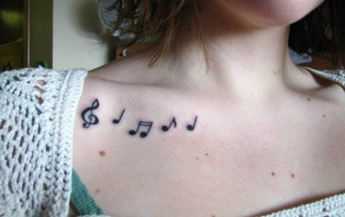Music notes are a popular choice for the clavicle area.