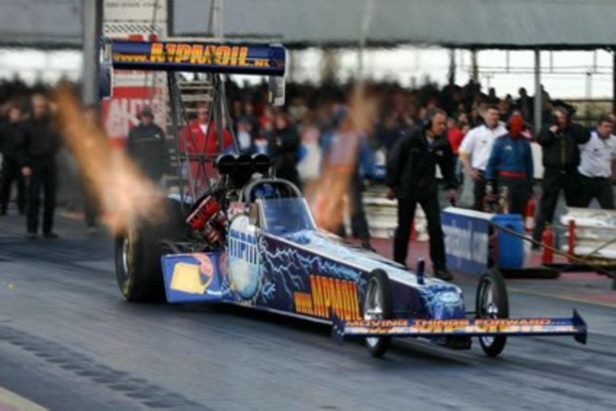 2005 European Top Fuel Champion Lex Joon.