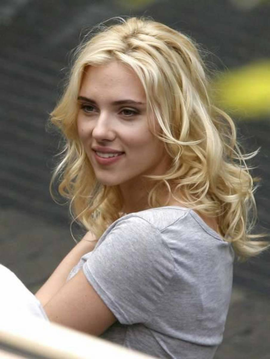 Scarlett Johansson uses apple cider vinegar for skin care. Source: Flickr - (CC-BY-SA-2.0)