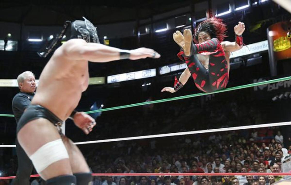 Dragon Lee vs. Kamaitachi: The Kids Are Mad and It's Glorious!
